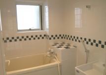 モノトーン タイル 浴室/AFTER