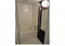 茶 ユニットバス 浴室/AFTER